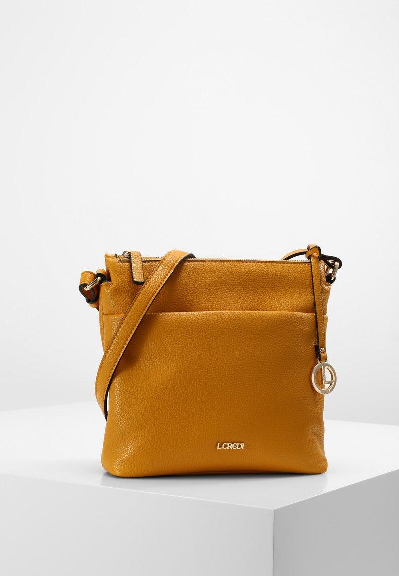 L.Credi - EDA - Across body bag - yellow