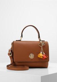 L.Credi - EMILY - Handbag - cognac - 0
