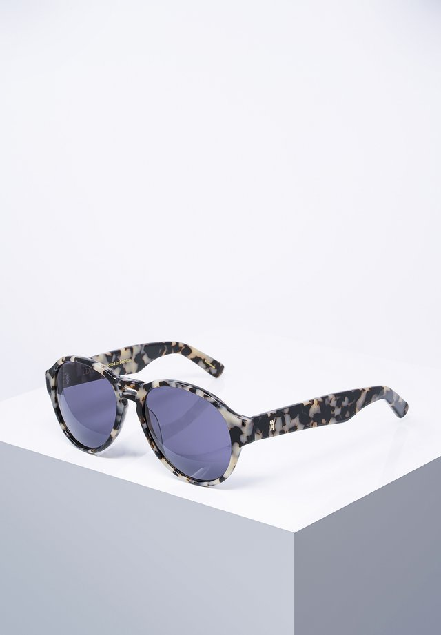 AIR - Sunglasses - blk/whttor