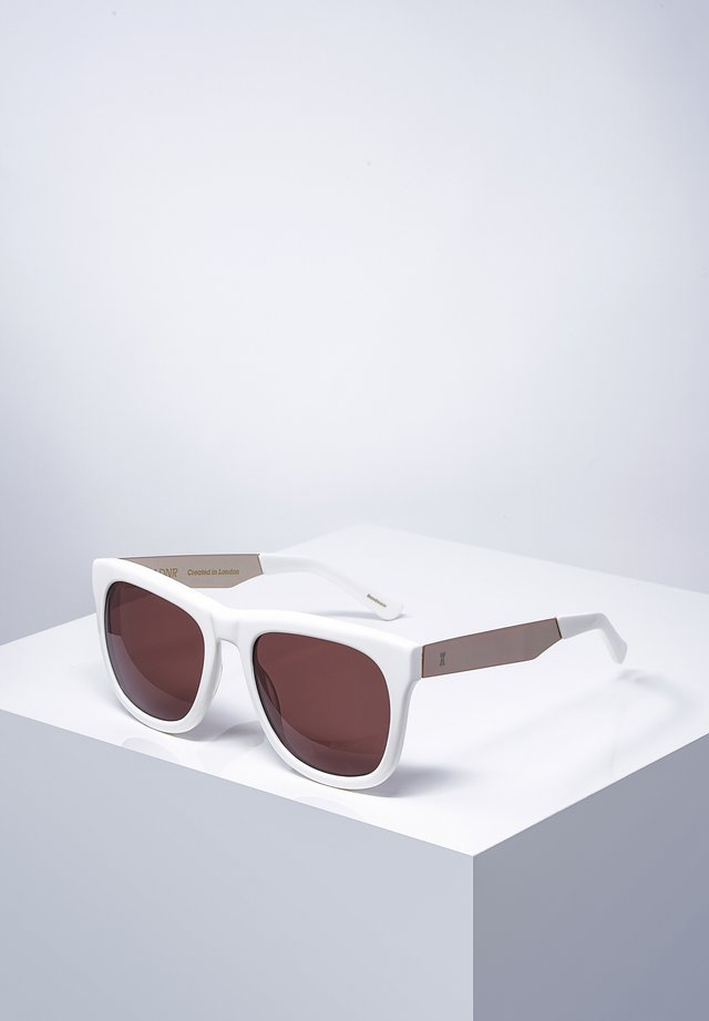 REDCHURCH - Sunglasses - shmilk/wht