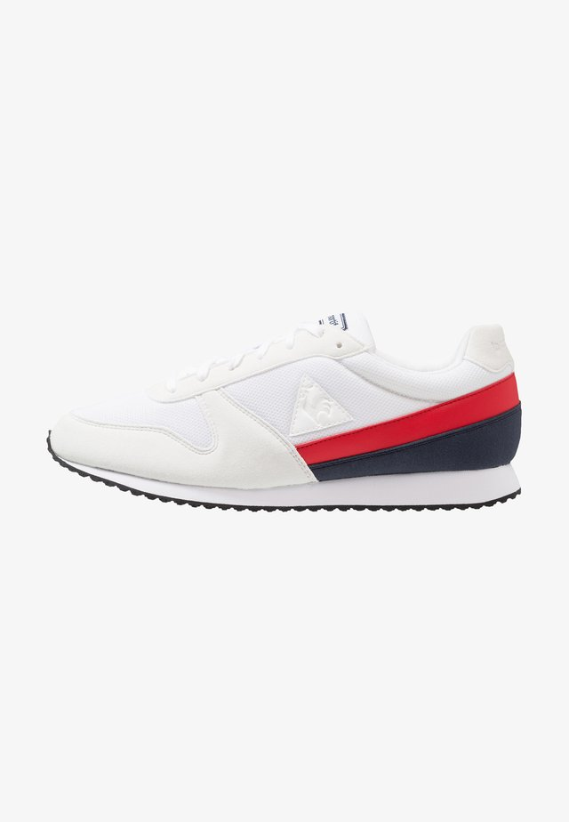 ALPHA II - Trainers - optical white