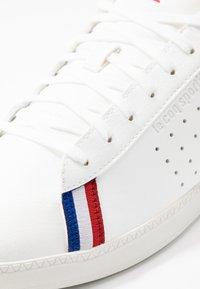 le coq sportif - COURTSTAR SPORT - Sneakers basse - optical white/evergreen - 5