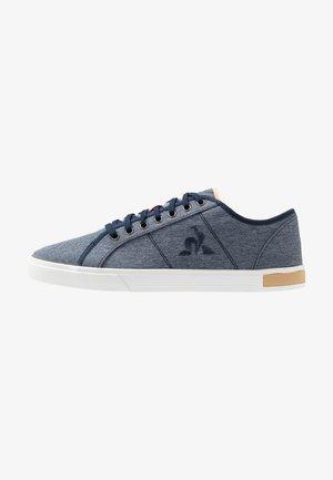 VERDON - Sneakers laag - dress blue