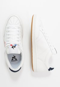 le coq sportif - COURT CLAY BOLD - Sneakers - optical white/dress blue - 1