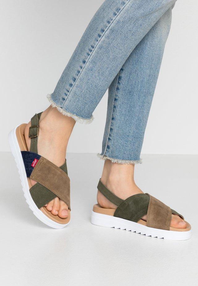 PERSIA - Sandalen met plateauzool - light khaki