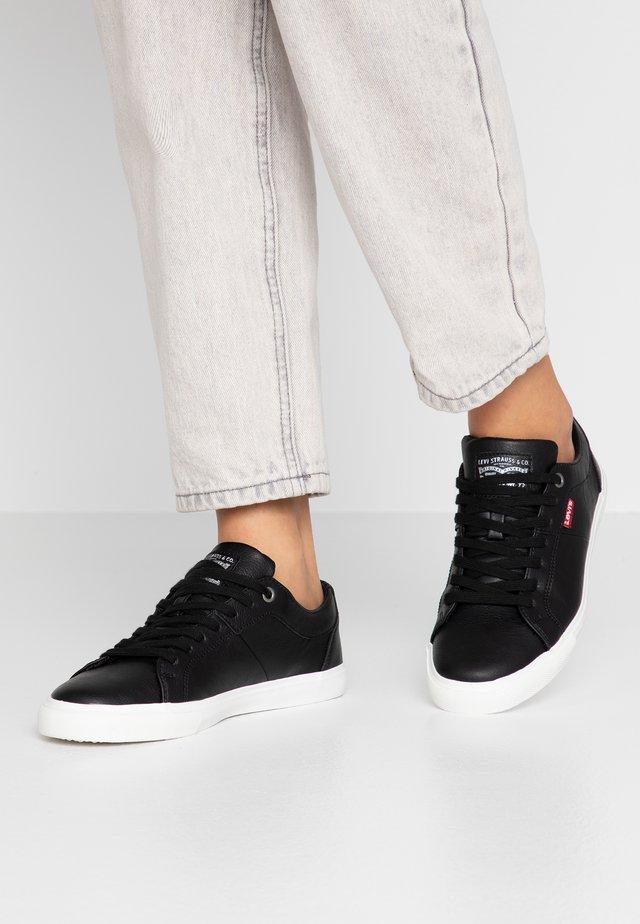 WOODS  - Sneakersy niskie - regular black