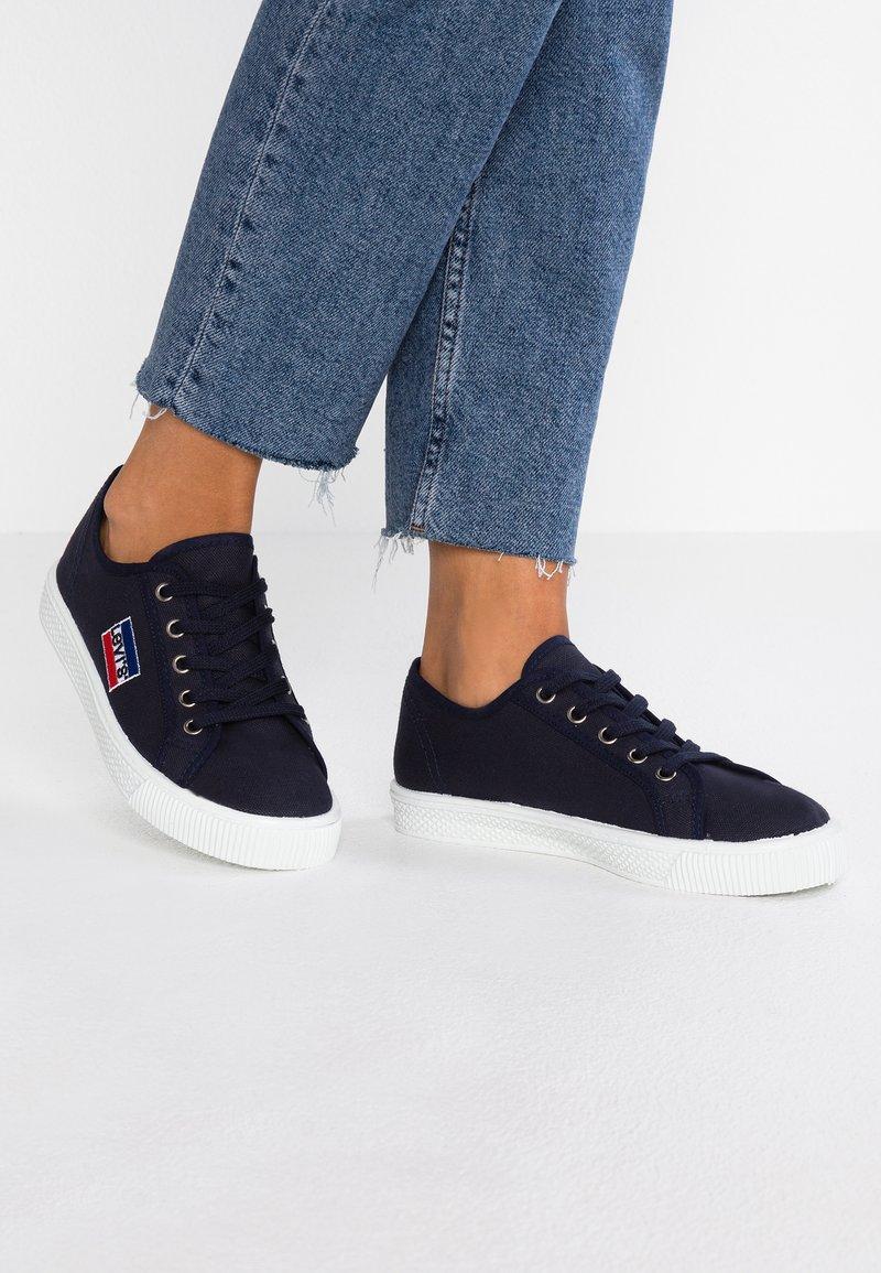 Levi's® - MALIBU SPORTSWEAR - Sneaker low - navy