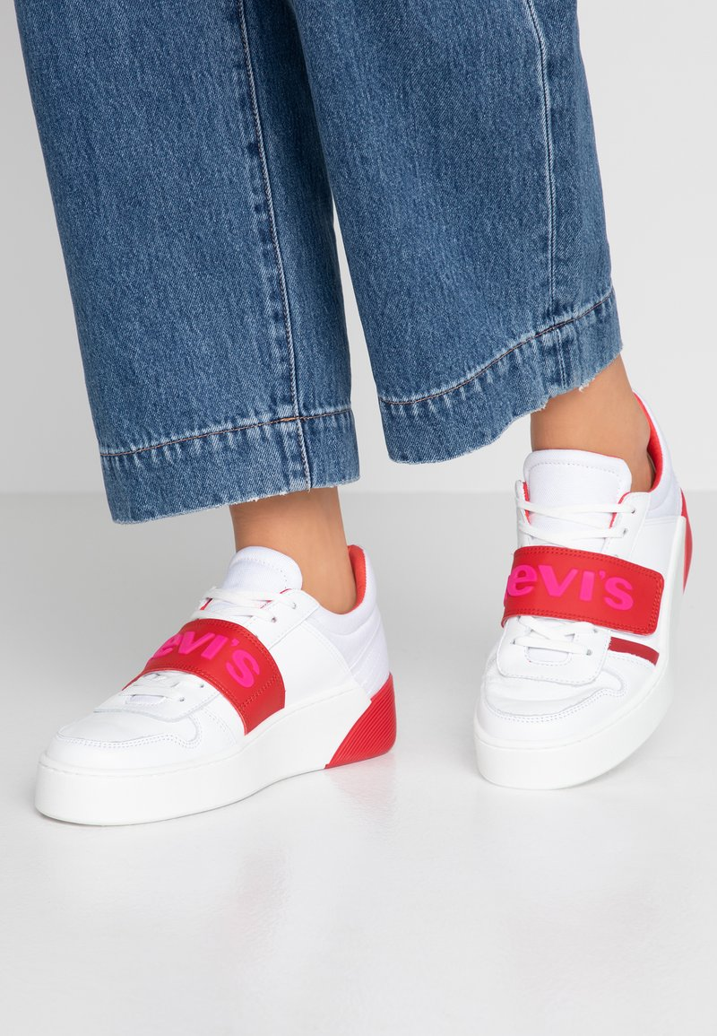 Levi's® - MULLET - Trainers - regular white