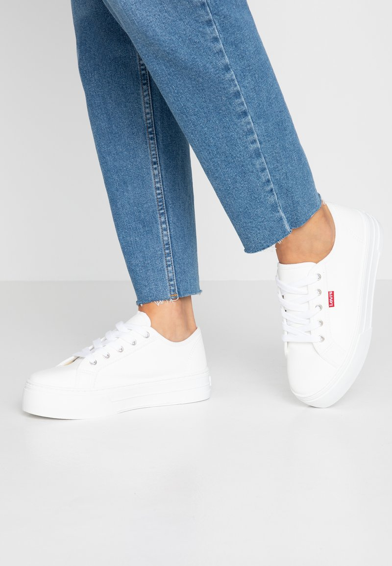 Levi's® - TIJUANA - Sneakers basse - regular white