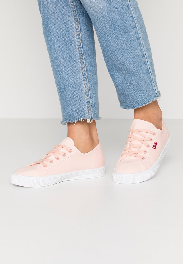 MALIBU BEACH - Zapatillas - light pink