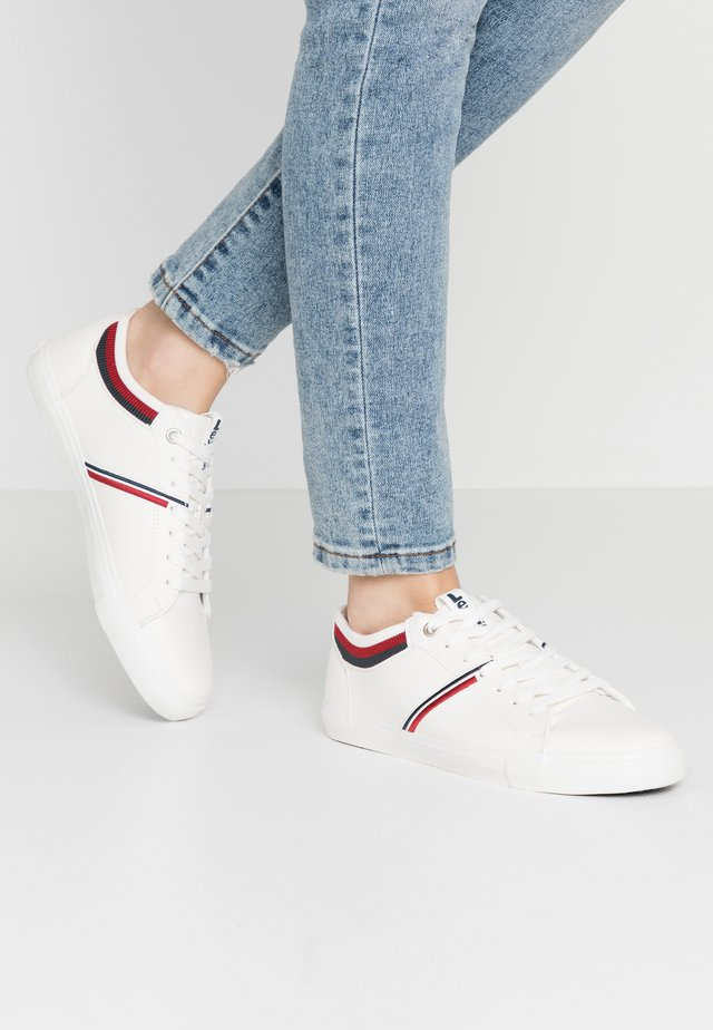 WOODS COLLEGE - Sneakers - regular white