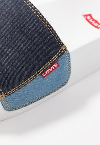 Levi's® - JUNE BOLD - Pantofle - navy blue - 2