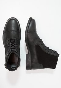 Levi's® - MAINE W BUCKLE - Cowboystøvletter - regular black - 1