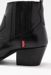 Levi's® - WESTERN FOLSOM - Ankle boots - regular black - 2