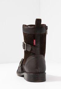 Levi's® - MAINE - Cowboy/biker ankle boot - dark brown - 5