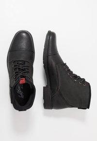 Levi's® - FOWLER - Bottines à lacets - regular black - 1