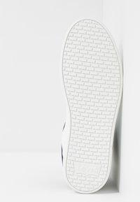 Levi's® - MULLET BSK - Vysoké tenisky - regular white - 4