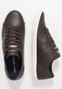 Levi's® - WOODS - Trainers - dark brown - 1