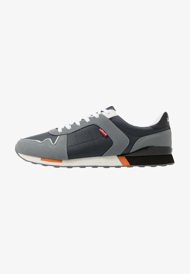 WEBB - Zapatillas - regular grey