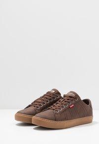 Levi's® - WOODWARD SPORTSWEAR - Sneaker low - brown - 2