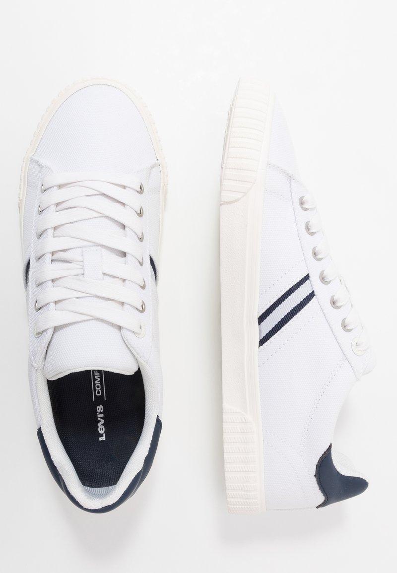 Levi's® SKINNER - Joggesko - regular white