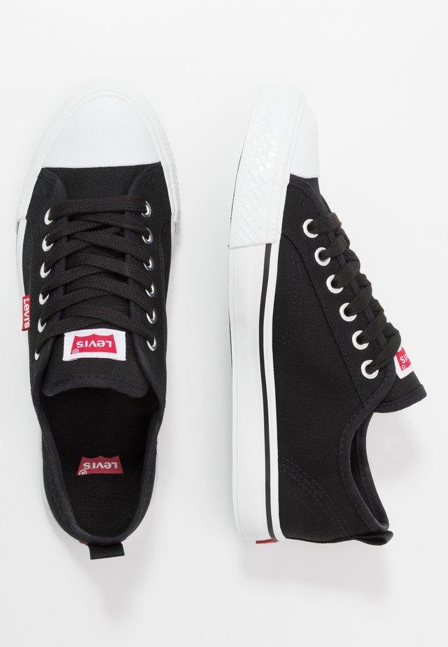 MAUI - Sneaker low - black