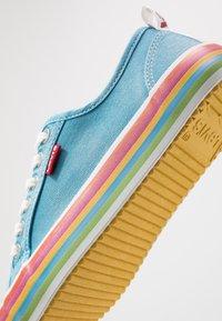 Levi's® - PEARL - Zapatillas - blu - 2