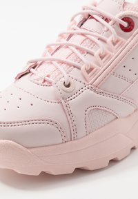 Levi's® - SOHO - Sneaker low - light pink - 2