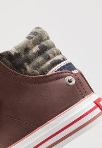 Levi's® - NEW YORK - High-top trainers - brown - 2