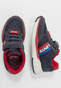 Levi's® - OREGON - Trainers - navy/red - 0