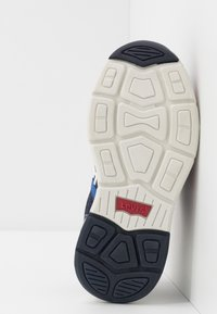 Levi's® - OREGON - Trainers - navy/red - 5