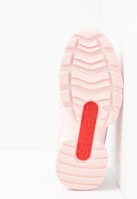 Levi's® - SOHO - Sneakersy niskie - light pink - 5