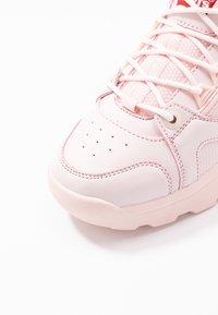 Levi's® - SOHO - Sneakersy niskie - light pink - 2