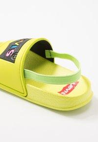Levi's® - POOL - Sandales - lime - 2