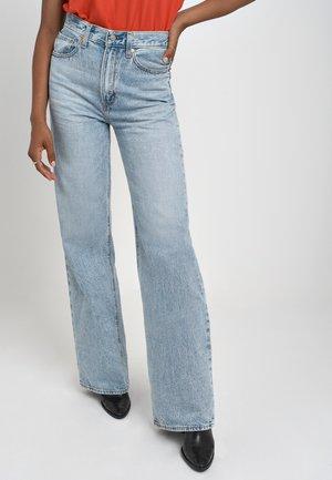 RIBCAGE WIDE LEG - Flared jeans - charlie boy