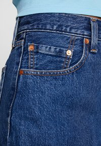 Levi's® - DECON ICONIC SKIRT - Falda acampanada - dark-blue denim - 3