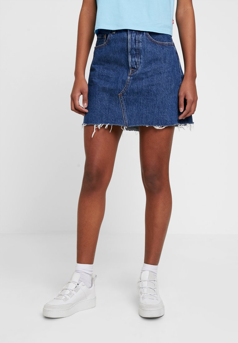 Levi's® - DECON ICONIC SKIRT - Falda acampanada - dark-blue denim