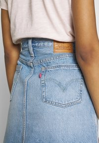 Levi's® - DECON ICONIC SKIRT - A-linjekjol - light-blue Denim - 3