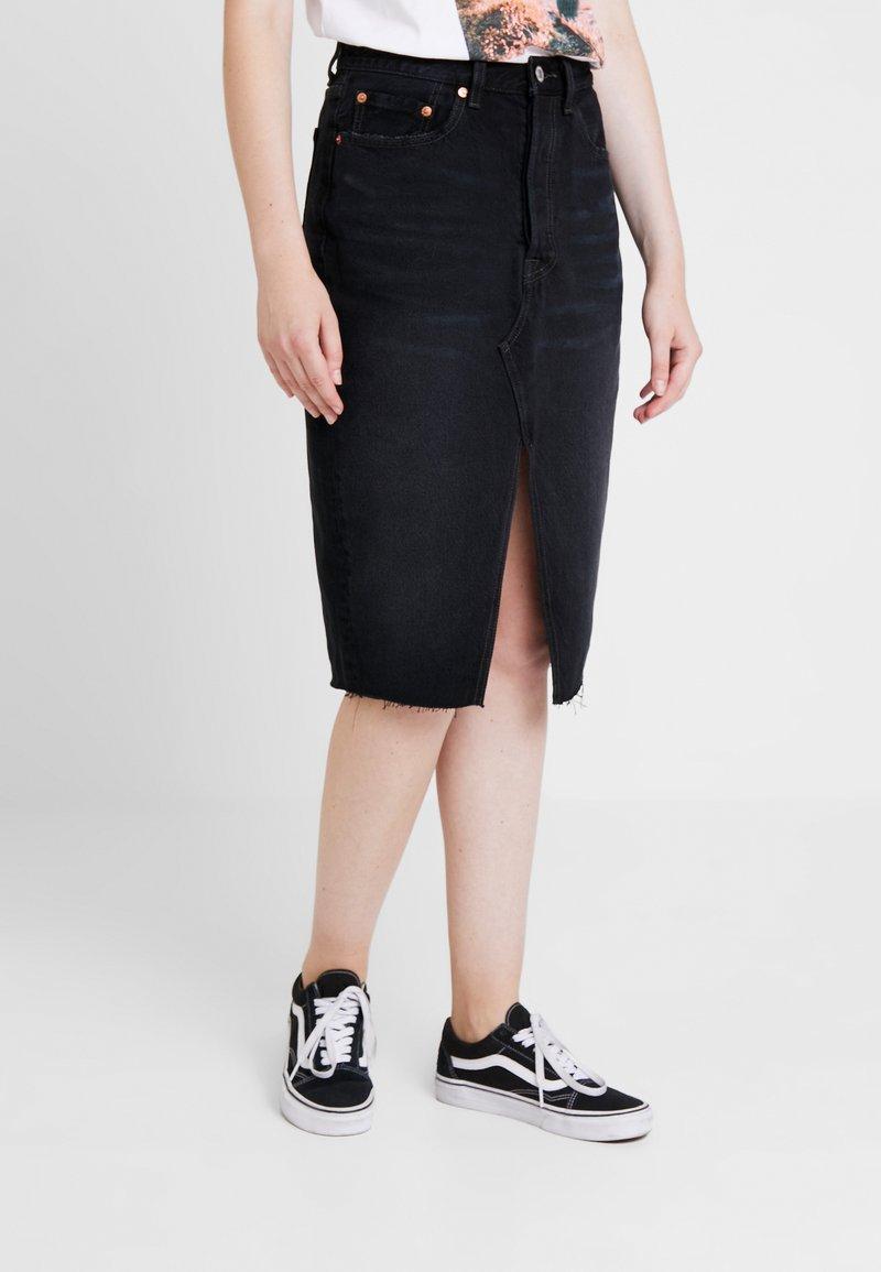 Levi's® - DECONSTRUCTED MIDI SKIRT - Falda de tubo - black