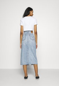 Levi's® - BUTTON FRONT MIDI SKIRT - Jupe crayon - blue cell - 2