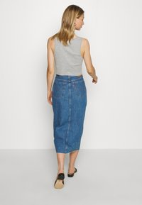Levi's® - BUTTON FRONT MIDI SKIRT - Jupe crayon - middlebrook - 2