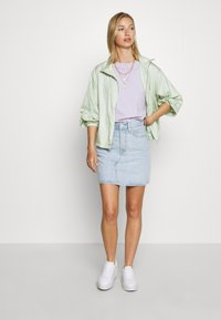 Levi's® - DECON ICONIC SKIRT - A-linjainen hame - check ya later - 1