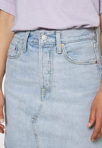 Levi's® - DECON ICONIC SKIRT - A-linjainen hame - check ya later - 4