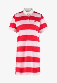 Levi's® - RUGBY DRESS - Pletené šaty - reece pink lady - 4