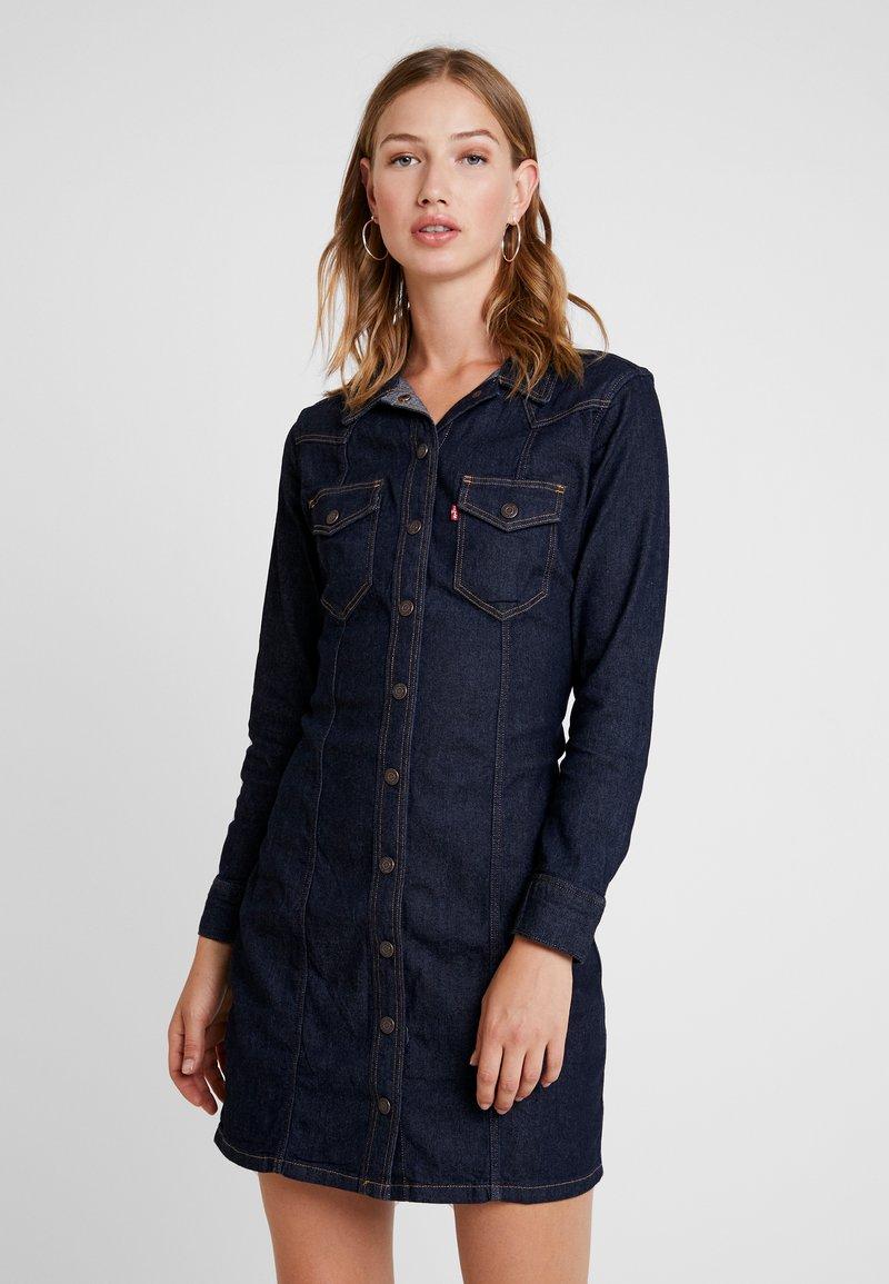 Levi's® - GIA WESTERN DRESS - Spijkerjurk - take it eazy