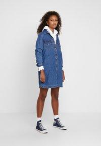 Levi's® - SELMA DRESS - Robe en jean - going steady - 1