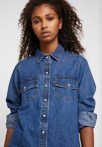 Levi's® - SELMA DRESS - Robe en jean - going steady - 3