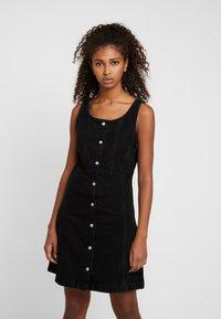 Levi's® - SIENNA DRESS - Robe en jean - black book - 0