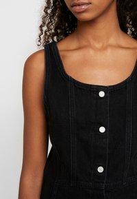 Levi's® - SIENNA DRESS - Robe en jean - black book - 5