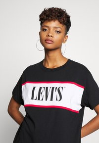 Levi's® - LOGO TEE DRESS - Trikoomekko - mineral black - 3